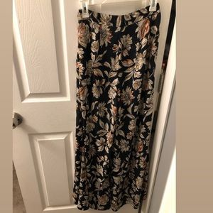 High Waisted Long Floral Pants Size Small!